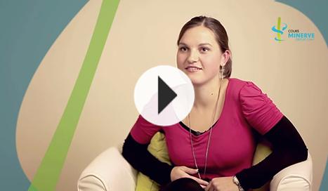 Découvrez le témoignage de Nathalie sur la formation CAP Petite enfance du Cours Minerve